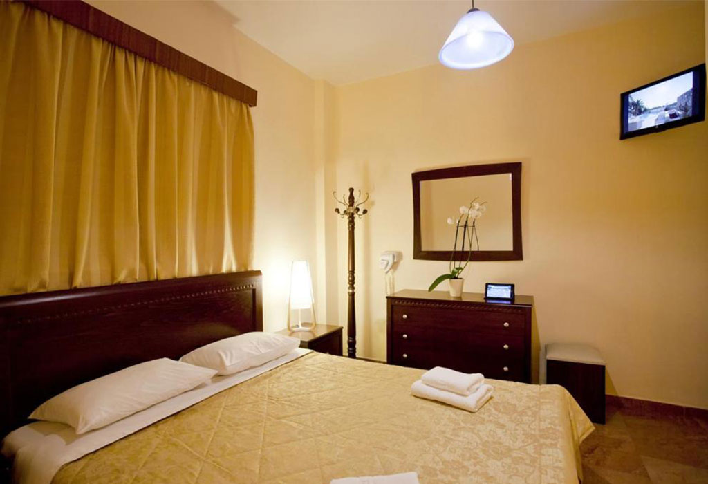 viaros-three-bedroom